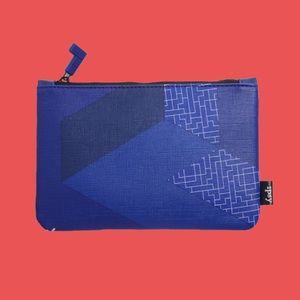 Ipsy x Tetris Makeup Bag (blue)
